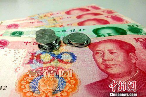 多地最低工資超過2000元。(資料圖)中新網記者 李金磊 攝